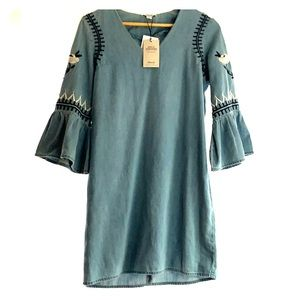Denim & co dress with embroidered bell sleeves.